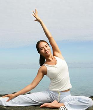 瑜伽是通过什么方法进行减肥的?